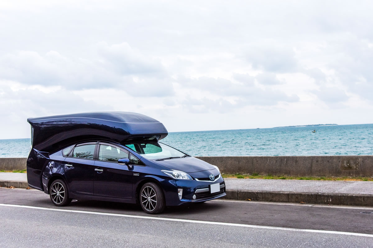 キャンピングカーで巡るシーズンオフの沖縄 プリウスPHV リラックスキャビン