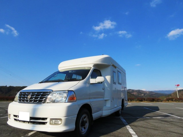 キャンピングカーレンタル九州 レンタカースタイル 福岡空港店のキャンピングカー