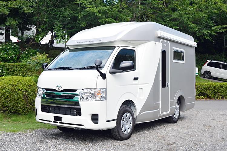 沖縄キャンピングカーレンタルセンター(沖縄CRC)のキャンピングカー