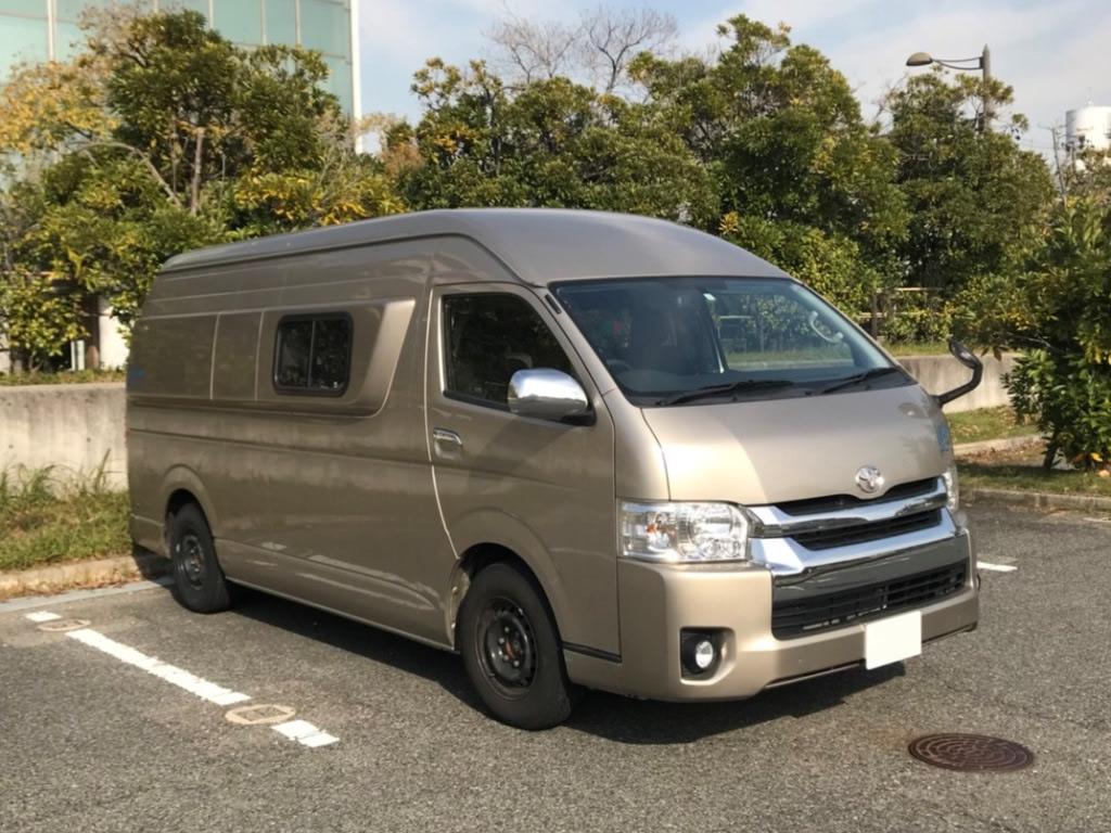 CAMP IN CAR 大阪ガレージ基地のキャンピングカー