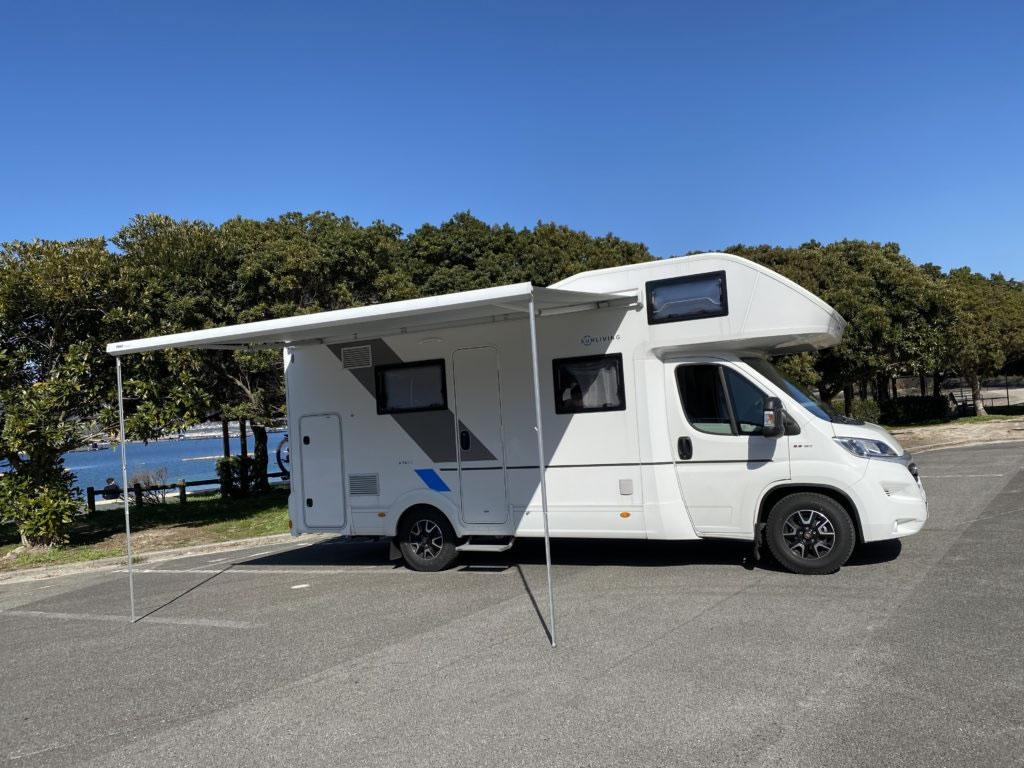 SATOU SERVICEのキャンピングカー「サンリビング」